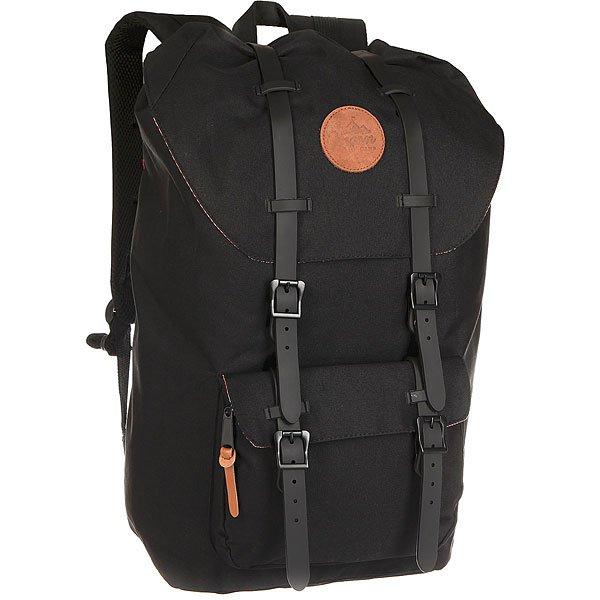 Рюкзак туристический Oregon Camp Kingswood BlackБольшой вместительный рюкзак бренда Oregon Camp. Рюкзак отлично подойдет для активного отдыха.Характеристики:Выполнен из хлопка с нейлоном, дополнен ремнями из кожи. Имеет вместительное основное отделение и накладной карман снаружи. Мягкая спинка и плечевые лямки с фиксируемыми ремнями.<br><br>Цвет: черный<br>Тип: Рюкзак туристический<br>Возраст: Взрослый