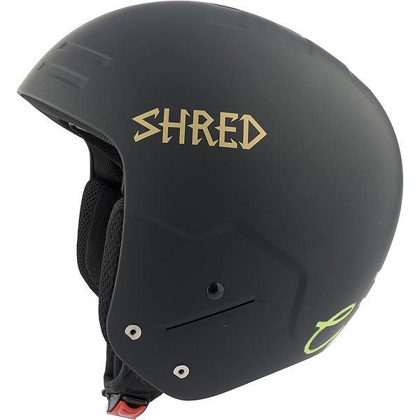 Шлем для сноуборда Shred Basher Noshock Lara Gut Signature Black/GoldСертифицированный шлем, прочный, с низким профилем, отвечает нормам FIS 2013 RH. Шлем разработан для фристайла с защитой от ударов.Технические характеристики: Съемная подкладка и подушечки для ушей.Съемная подкладка из гигиеничного материала X-Static.Удобная посадка и настройка по размеру.Металлическая клипса с системой быстрого открывания.SLYTECH NOSHOCK™ -  специальные вставки в форме сот из твердеющего нано материала SLYTECH встроены во внутреннюю конструкцию шлема и абсорбируют удары, эффективно рассеивая их энергию.Технология защиты ICEdot™ -  сервис экстренного оповещения, который синхронизирует надежный онлайн профиль с наклейкой шлема, содержащей уникальный код. Сервис отправляет уведомления о помощи в случае экстренной ситуации.INFINITE RAA™ - обеспечивает амортизацию в случае удара, сводит к минимуму повреждение головы.Супер прочный и гибкий полимер SHRED SHIELD специально спроектированный для системы MULTI IMPACT и NOSHOCK MULTI IMPACT.NOSHOCK MULTI IMPACT - легкая и прочная защита из полимера EPP обеспечивает превосходное поглощение энергии и защиту от ударов.<br><br>Цвет: черный<br>Тип: Шлем для сноуборда<br>Возраст: Взрослый<br>Пол: Мужской