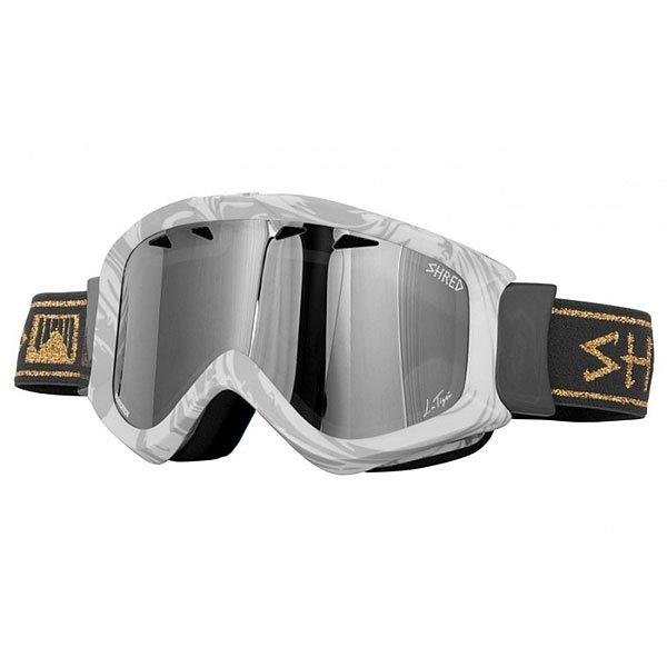 Маска для сноуборда Shred Tastic Femme Fatale GreyСноубордическая маска Tastic в неординарном дизайне с цилиндрическими линзами для детей и взрослых со средним размером лица. Идеальный вариант для различных условий освещенности.Технические характеристики: Совместима со шлемами различной конструкции.Эргономичная конструкция оправы.Технология NODISTORTION™ для кристально чистого обзора без искажений на любой высоте.Обработка линз изнутри гидрофобным составом AntiFog.Многослойная пена с супер мягким флисом для комфортной посадки на лице.Покрытие NOREFLECT поможет избежать возникновения отражений с внутренней стороны линзы.100% защита UVA, UVB и UVC.Светопропускная способность 23%.<br><br>Цвет: черный,белый<br>Тип: Маска для сноуборда<br>Возраст: Взрослый<br>Пол: Мужской