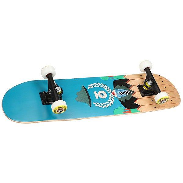 Скейтборд в сборе детский Юнион Insider Blue/Multi 28 x 7 (17.8 см)Детский комплект профессионального уровня от Юнион ничем не уступает взрослыммоделям. Инсайдер состоит из деки, выполненной с применением технологии холодного пресса и Froxy Glue - это технология подразумевает применение эпоксидного клея вместо полиуретановой или водной основы. Благодаря такой сборке, дека становится невероятно прочной, более легкой и устойчивой к перепадам температуры. Также в комплект входят облегченные подвески и фирменные колеса Юнион 49 мм с подшипниками Abec5. Да, ну, и крутой дизайн точно порадует юного поклонника скейтбординга - это же все-таки неотъемлемая традиция Юнион.Характеристики:Детский скейтборд комплект. 7-ми слойная дека из древесины клена. Размеры: 7 x 28 (17,8 x71,1см). Облегченные алюминиевые подвесками. Колеса: 49мм. Подшипники ABEC5. Средний конкейв. Технология холодного пресса: при использовании данной технологии ни один из семи слоев деки не подвергается тепловому воздействию, которое может привести к снижению прочности дерева. Технология Froxy Glue: все доски производятся с применением эпоксидного клея. Главными преимуществами использования данной технологии вместо клея на водной или полиуретановой основе является повышенная прочность, легкость и высокая устойчивость к температурным перепадам. Материал: 100% канадский клен.<br><br>Цвет: голубой,мультиколор<br>Тип: Скейтборд в сборе детский