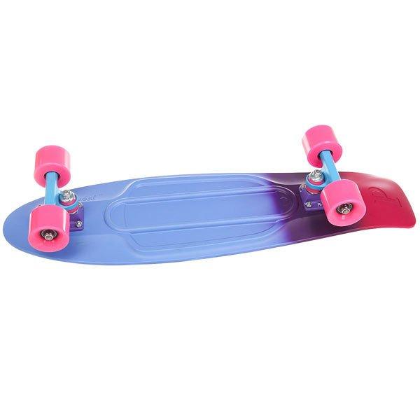Скейт мини круизер Penny Nickel 27 Melt 7.5 x 27 (69 см)Градиентная окраска деки в сочетании с голубой подвеской и розовыми колесами выглядят очень стильно! Яркая и жизнерадостная доска скрасит ваш день, станет спутником по дороге на учебу или работу, а также позволит с комфортом разучивать новые трюки и совершенствовать свои умения в скейт-парках.Технические характеристики: Длина - 68,6 см, ширина - 19 см.Вес - 3 кг.Подвеска Custom 4? из алюминия.Колеса из полиуретана 59 мм 78А.Подшипники Penny Abec 7.Вес райдера до 130 кг.<br><br>Цвет: голубой,фиолетовый,Темно-розовый<br>Тип: Скейт мини круизер<br>Возраст: Взрослый<br>Пол: Мужской