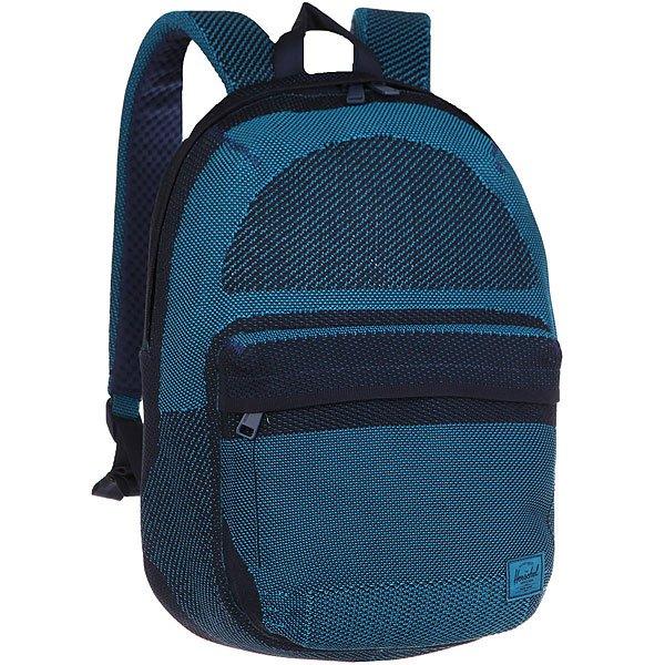 Рюкзак городской Herschel Lawson Apex Knit Mdvl BlueНоваторский дизайн в рюкзаке Apex Lawson сочетает в себе классический стиль и современные технологии в ткани ApexKnit™. Четко выстроенная форма и прогрессивная эстетика заключена в практически бесшовном силуэте с тонкими фирменными акцентами.Технические характеристики:Технологичная ткань ApexKnit™.Карман для ноутбука 15 из неопрена с органайзером.Передний карман на молнии.Ремни из двойной пены EVA и спинка из сетки.Безопасные регулируемые ремни и усиленная ручка для переноски.Дизайн BHW.<br><br>Цвет: Темно-синий,голубой<br>Тип: Рюкзак городской<br>Возраст: Взрослый