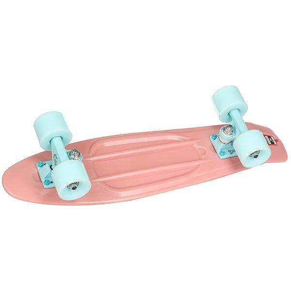 Скейт мини круизер Пластборды Watermelon Pink 6 x 22.5 (57.2 см)Пластборд Юнион(с 2017 года бренд официально называется ПЛАСТБОРДЫ) - это пластиковый скейтборд-круизер с загнутым хвостом для передвижения по городу и фанового трюкачества. Очень прочная дека, качественные подвески, подшипники и колеса сделают вашу езду плавной и комфортной. Наличие пластиковой деки делает пластборд очень неприхотливым в использовании и легким в уходе и хранении. Дека не расслоиться, не завинтиться и не треснет. Просто протирайте ее влажной тряпкой по мере необходимости.Размер 22.5 дюйма - это классика современного пластборда. Он максимально компактен, удобен для переноски и очень маневренный. Подойдет как для детей, так и для взрослых. Характеристики:Эластичная прочная дека размером 22,5 дюйма. Новый дизайн внешнего нестирающегося цепкого покрытия. Специально разработанные подвески Вираж изалюминия с оптимальным углом поворота.Водоотталкивающие подшипники ABEC-7. Мягкие упругие колеса круизного типа Вираждиаметром 59мм с мягкостью 83А.<br><br>Цвет: Светло-розовый<br>Тип: Скейт мини круизер
