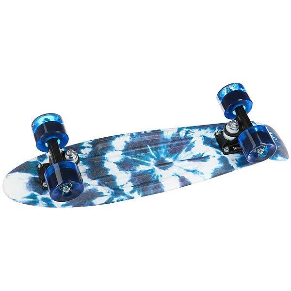Скейт мини круизер Penny Original 22 Ltd Indigo Tie Dye 6 x 22 (55.9 см)Penny Indigo Tie Dye джинсового цвета со стильными разводами придется по вкусу любителям приключений, которые умеют отдыхать. Сдержанная цветовая палитра, реализованная на фоне абстрактных рисунков, смотрится изысканно и необычно.Технические характеристики:Длина - 56 см, ширина - 15,2 см.Вес 2,7 кг.Подвеска из алюминия Custom 3.Колёса из полиуретана 59 мм, 78А.Подшипники Penny Abec 7.Вес райдера до 110 кг.<br><br>Цвет: синий,белый<br>Тип: Скейт мини круизер<br>Возраст: Взрослый<br>Пол: Мужской