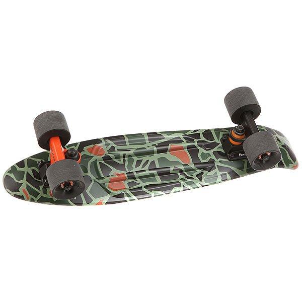 Скейт мини круизер Penny Original 22 Ltd Not So Camo 6 x 22 (55.9 см)Лонгборд Penny Original 22 LTD - это апгрейд классики из 70-х, исполненный в оригинальном цветовом решении. Это то, с чего всё началось, вся идея Penny в одном скейтборде. Это веселье, свобода и самое высокое качество всех компонентов. Основное достоинство данной модели - универсальность, ведь размер, вес и легкость в управлении делают скейтборд прекрасным средством передвижения в любой день и в любых условиях.Характеристики:Вес: 2,7 кг. Подвеска:Custom 3.Колёса: 59 мм жесткостью 78А. Подшипники: Penny Abec 7.<br><br>Цвет: коричневый,зеленый,черный<br>Тип: Скейт мини круизер