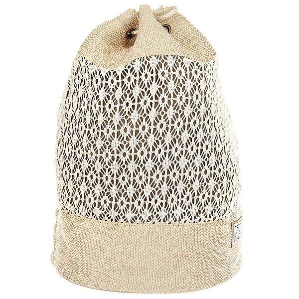 Мешок женский Dakine Sadie IsabellaЛегкая женская сумка-рюкзак подходит как для прогулок, так и для похода на пляж.Технические характеристики: Главный отдел затягивается веревкой.Двойные веревочные лямки.Внутренний карман на молнии.<br><br>Цвет: бежевый<br>Тип: Мешок<br>Возраст: Взрослый<br>Пол: Женский