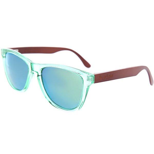Очки TrueSpin Nu Bamboo Green/YellowСолнцезащитные очки TrueSpin. Классическая wayfarer-оправа, выполненная из прочного пластика, надёжный механизм и линзы, обеспечивающие надёжную защиту от солнца. Очки представлены в комбинированной расцветке с деревянными дужками и выгравированным логотипом. Характеристики:Классическая оправа. Надёжный механизм. Линзы UV400. Комбинированная расцветка. Деревянные дужки.Выгравированный логотип.<br><br>Цвет: зеленый,коричневый<br>Тип: Очки<br>Возраст: Взрослый<br>Пол: Мужской