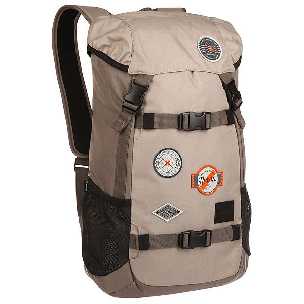 Рюкзак туристический Nixon Landlock Backpack FalconФункциональные и качественные рюкзаки, с которыми Nixon путешествует по миру проверяя их. Будьте готовы подняться на новый уровень!Технические характеристики: Материал - полиэстер 600D, подкладка из нейлона 210D.Большое основное отделение.Отделение для ноутбука.Боковые карманы из сетки.Карман на клапане для медиа устройств.Скейтовые ремни.Мягкие лямки.Кожаная нашивка с логотипом.<br><br>Цвет: серый<br>Тип: Рюкзак туристический<br>Возраст: Взрослый