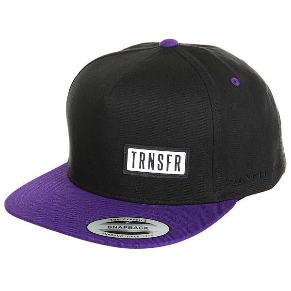 Бейсболка с прямым козырьком Transfer Classic Snapback 5 Panel Black/Purple<br><br>Цвет: черный,фиолетовый<br>Тип: Бейсболка с прямым козырьком<br>Возраст: Взрослый