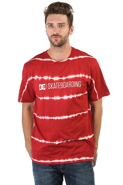 Футболка DC Minimal Rio Red<br><br>Цвет: красный<br>Тип: Футболка<br>Возраст: Взрослый<br>Пол: Мужской