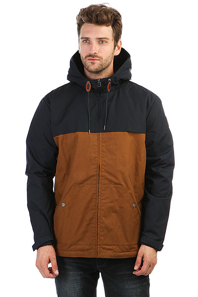 Куртка зимняя Quiksilver Wanna Navy BlazerМужская куртка Quiksilver Wanna - стильное и практичное решение на демисезон. Модель выполнена из прочной и износостойкой ткани. В этой куртке не страшны осадки, так как она прошла специальную водоотталкивающую обработку.Характеристики:Подкладка из шерпы. Нагрудная кокетка. Глубокий крупный карман на металлической кнопке. Манжеты на липучке Velcro. Круглая кожаная нашивка на рукаве. Утяжки круглой формы с кожаными стопперами. Глубокий крупный карман с ярлыком с логотипом. Водоотталкивающая пропитка.<br><br>Цвет: синий,коричневый<br>Тип: Куртка зимняя<br>Возраст: Взрослый<br>Пол: Мужской