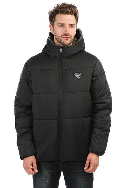 Куртка зимняя Quiksilver Yanaki BlackУтепленная куртка Quiksilver YANAKI выполнена из гладкого текстиля с подкладкой из мягкого искусственного меха. Характеристики:Модель прямого силуэта. Несъемный капюшон. Застежка на молнию. Два боковых кармана. Один внутренний карман. Манжеты и низ на внутренней резинке.<br><br>Цвет: черный<br>Тип: Куртка зимняя<br>Возраст: Взрослый<br>Пол: Мужской