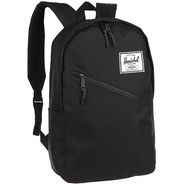 Рюкзак Herschel Parker BlackТонкий, стильный и повседневный рюкзак Parker.Технические характеристики: Классическая полосатая подкладка.Карман для ноутбука 15.Передний карман на водонепроницаемой молнии.Классическая нашивка с логотипом.<br><br>Цвет: черный<br>Тип: Рюкзак<br>Возраст: Взрослый