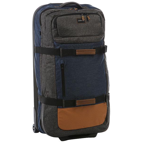 Сумка дорожная Quiksilver Reach Medieval BlueОчень вместительный чемодан на колесиках. Благодаря невероятно маневреннымколесикам, созданным по аналогу скейтбордических колес, с таким чемоданом Вы легко сможете перемещаться даже в самом людном аэропорту. Два основных отделения конструкции сэндвич обеспечивают простоту и легкостьиспользования, поэтому достать все необходимые вещи Вы сможете очень быстро, так же как и убрать что-то в последний момент.Характеристики:Конструкция сэндвич.Телескопическая ручка. 2 основных отделения. 2 ручки для переноски. 2 передних кармана для мелочей на молнии. Стягивающие ремни. Маневренные колесики, созданные по аналогу скейтбордических колес. Фирменная нашивка QuikSilver спереди.<br><br>Цвет: синий<br>Тип: Сумка дорожная<br>Возраст: Взрослый<br>Пол: Мужской