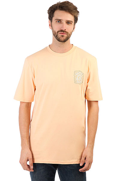 Футболка Quiksilver Venicefreaksss Peach Fuzz<br><br>Цвет: оранжевый<br>Тип: Футболка<br>Возраст: Взрослый<br>Пол: Мужской