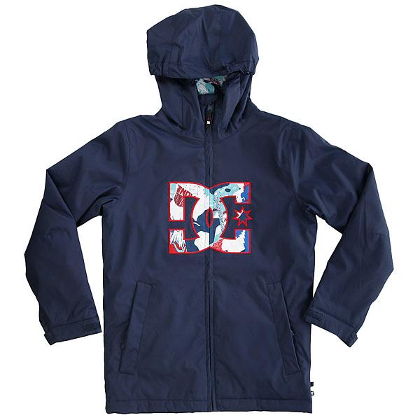 Куртка утепленная детская DC Shoes Story Youth Insignia BlueСпортивный стиль и крупный логотип на груди - куртка DC Story будет выделять Вас в толпе, несмотря на достаточно простой дизайн. Впрочем, технологически она совсем не простая: хорошая мембранная ткань, распределенный по всей куртке синтетический утеплитель, система пристегивания куртки к штанам, несколько удобных карманов (в том числе отдельный для маски и для ски-паса на рукаве), проклеенные швы и юбка для защиты от снега. У нее вполне универсальный стиль, а это значит, что ее можно использовать и для катания, и для жизни в городе, что позволит Вам иметь одну куртку на все случаи жизни.Характеристики:Классический крой. Мембрана: водостойкая 10K DC WEATHER DEFENSE. Материал: полиэстер кареточного плетения.Утеплитель: наполнитель 120 г (тело) и 80 г (рукава). Рукава составного кроя.Проклеенные в стратегических местах швы. Подкладка из тафты.Присборенный эластичный капюшон. Юбка для защиты от снега. Система пристегивания куртки к штанам. Два кармана для рук с доступом на молнии.Внутренний медиа-карман. Карман для маски. Карман для ски-паса на рукаве. Застегивается на молнию по всей длине. Регулируемые манжеты. Нашивка с логотипом на груди. Тканая этикетка с логотипом.<br><br>Цвет: синий<br>Тип: Куртка утепленная<br>Возраст: Детский