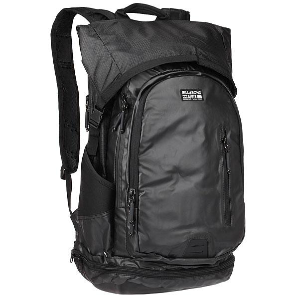 Рюкзак туристический Billabong Surftrek Pack StealthИнновационный и функциональный рюкзак Billabong Surf Trek разработан специально для комфортных занятий серфингом. Прилагается дополнительная сумка для серферских аксессуаров: воска иплавников. Есть специальный отсек для ноутбука. Вместимость рюкзака 35 литров, Вы можете упаковать в него большое полотенце, гидрокостюм, фотоаппарат, сменную одежду и куртку. Все вещи останутся сухими пока Вы гребете к лайн-апу.Характеристики:Водонепроницаемый рюкзак для серфинга.Два отделения на молнии. Внешний встроенный карман. Мягкий отсек для ноутбука. Мешок для мокрых вещей. Съемная сумка для аксессуаров. Боковые карманы из неопрена. Усиленнаясетчатая задняя часть. Регулируемые мягкие лямки.Ручка для переноски. Светоотражающий логотип.<br><br>Цвет: черный<br>Тип: Рюкзак туристический<br>Возраст: Взрослый