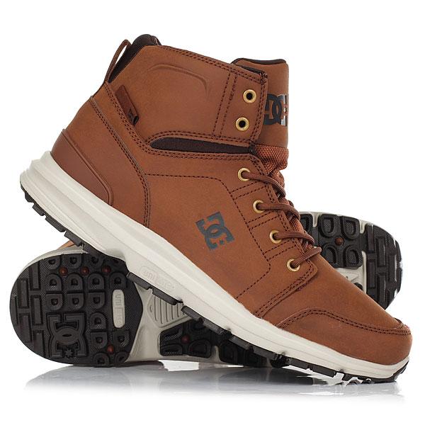 Ботинки высокие DC Shoes Torstein Brown/Dk ChocolateПлавный, четкий и узнаваемый стиль - Torstein Horgmo катается так, что на это можно смотреть как на текущую воду - бесконечно. Как и многие другие атлеты его уровня, он удостоился от титульного спонсора именной модели обуви, и она перед Вами. Надежные и удобные ботинки отлично справятся с осенней слякотью, так что если Вы были в поиске подходящей обуви для межсезонья - это она и есть. Надежная подошва, прочный водонепроницаемый верх, классическая шнуровка - в них определенно есть все то, что Вам может понадобиться. Характеристики:Про-модель Torstein Horgmo.Кожаный верх. Фактурный трафаретный принт с логотипом. Классическая шнуровка. Металлические люверсы. Спортивная подошва UniLite™.Хорошее сцепление за счет рисунка протектора. Тканая этикетка с логотипом. Фактурный трафаретный принт с логотипом на язычке. Петля на пятке для удобства надевания.<br><br>Цвет: коричневый<br>Тип: Ботинки высокие<br>Возраст: Взрослый<br>Пол: Мужской