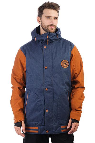 Куртка утепленная DC Shoes Dcla Se Waxed Leather BrownКлассика от DC, выполненная в новом цветовом варианте. Это мужская куртка в стиле спортивных курток американских колледжей. Оригинальный внешний, самые необходимые технологии и качество, проверенное годами. Мембранная ткань 10K, утеплитель, юбка для защиты от попадания снега и карман для ски-пасса на рукаве, разве это не достойный вариант, чтобы стать Вашей новой любимой курткой?Характеристики:Классический крой. Дышащая мембрана EXOTEX 10K (10 000 мм. / 10 000 г.). Утеплитель 80 г тело, 40 г рукава.Подкладка из тафты. Проклеенные критические швы. Система сетчатой вентиляции на молнии подмышками. Снегозащитная юбка. Эластичные манжеты и подол. Внутренние манжеты из лайкры с отверстиями для больших пальцев.Регулируемый 2-мя способами капюшон. Карман для ски-пасса. Медиа-карман. Боковые карманы на молнии. Внутренний сетчатый карман. Фирменный логотип DC на груди.<br><br>Цвет: синий,коричневый<br>Тип: Куртка утепленная<br>Возраст: Взрослый<br>Пол: Мужской