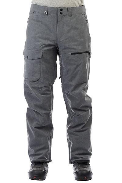 Штаны сноубордические Quiksilver Utility Dark ShadowФункциональные современные штаны для катания должны обладать хорошей мембранной тканью, продуманным кроем, необходимыми карманами и вентиляцией с сетчатыми вставками. Мужские штаныUtility Stretch как раз такие. Водостойкая мембранная ткань 20K Quiksilver DryFlight®, подкладка из тафты и трикотажа с начесом,держатель для ски-пасса,тройная система застегивания и водонепроницаемые молнии YKK® Aquaguard®. И это лишь малая часть того, что еще скрывается в этих штанах. Современный крой позволит Вам всегда оставаться на стиле.Характеристики:Мембрана:водостойкая 20K Quiksilver DryFlight®.Материал:прочный нейлон пигментного окрашивания.Современный крой (modern). Подкладка из тафты и трикотажа с начесом + мягкая вставка из трикотажа с начесом с изнанки пояса. Полностью проклеенные швы.Держатель для ски-пасса. Пояс на утяжке для регулировки размера. Два кармана для рук. Накладной карго-карман на правой штанине. Внутренний карман на молнии на левой штанине. Тройная система застегивания. Водонепроницаемые молнии YKK® Aquaguard®.Вентиляционные прорези на сеточной подкладке. Уплотненные края штанин. Снегозащитные гетры. Система утяжки края штанин для защиты их от преждевременного износа.<br><br>Цвет: серый<br>Тип: Штаны сноубордические<br>Возраст: Взрослый<br>Пол: Мужской