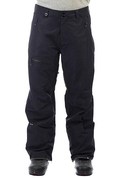 Штаны сноубордические Quiksilver Forever Gore BlackСноубордические мужские штаныForever 2L GORE-TEX® являются частью премиум линейки Highline от Quiksilver. Штаны изготовлены из технологичной двухслойной мембранной ткани GORE-TEX®. Полностью проклеенные швы, влагонепроницаемые молнии, свободный силуэт, вместительные карманы, вентиляционные вставки для ощущения абсолютного комфорта в сложных погодных условиях. Исключительная производительность и прогрессивный стиль.Характеристики:Коллекция Highline. Стандартный крой.Мембранная влагостойкаядышащая двухслойная тканьGORE-TEX® 2L. Без утеплителя. Подкладкаиз тафты с трикотажными вставками и начесом. Полностью проклеенные швы. Вентиляционные сетчатые вставки на внутренней части бедер. Два кармана для рук на молнии. Задний карманна молнии. Карман на бедре на молнии.Регулировка пояса. Система крепления штанов к куртке. Отороченный низ штанин Bemis® иKevlar®.Расширяющийся низ штанин на молнии. Снегозащитные гейторы с эластичной вставкой из лайкры. Система укорочения штанины для удобства ходьбы. Тройная система застегивания и влагостойкие молнииYKK® Aquaguard®.Надпись Higline на заднем кармане.<br><br>Цвет: черный<br>Тип: Штаны сноубордические<br>Возраст: Взрослый<br>Пол: Мужской