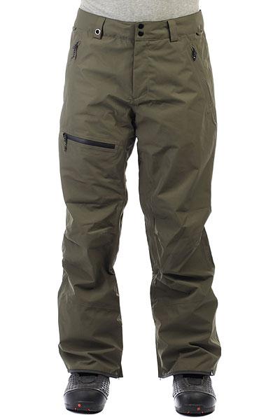 Штаны сноубордические Quiksilver Forever Gore Grape LeafСноубордические мужские штаныForever 2L GORE-TEX® являются частью премиум линейки Highline от Quiksilver. Штаны изготовлены из технологичной двухслойной мембранной ткани GORE-TEX®. Полностью проклеенные швы, влагонепроницаемые молнии, свободный силуэт, вместительные карманы, вентиляционные вставки для ощущения абсолютного комфорта в сложных погодных условиях. Исключительная производительность и прогрессивный стиль.Характеристики:Коллекция Highline. Стандартный крой.Мембранная влагостойкаядышащая двухслойная тканьGORE-TEX® 2L. Без утеплителя. Подкладкаиз тафты с трикотажными вставками и начесом. Полностью проклеенные швы. Вентиляционные сетчатые вставки на внутренней части бедер. Два кармана для рук на молнии. Задний карманна молнии. Карман на бедре на молнии.Регулировка пояса. Система крепления штанов к куртке. Отороченный низ штанин Bemis® иKevlar®.Расширяющийся низ штанин на молнии. Снегозащитные гейторы с эластичной вставкой из лайкры. Система укорочения штанины для удобства ходьбы. Тройная система застегивания и влагостойкие молнииYKK® Aquaguard®.Надпись Higline на заднем кармане.<br><br>Цвет: зеленый<br>Тип: Штаны сноубордические<br>Возраст: Взрослый<br>Пол: Мужской