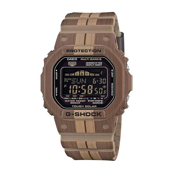Кварцевые часы Casio G-Shock gwx-5600wb-5eЧасы, созданные специально для серферов и путешественников. Компактный дизайн, качественные материалы и необходимые функции для незабываемого отдыха.Технические характеристики: Полностью автоматическая электролюминесцентная подсветка.Ударопрочная конструкция защищает от ударов и вибрации.Солнечная батарейка.Прием радиосигнала (Европа, США, Япония, Китай).Функция мирового времени.Отображение возраста и фазы луны на основе введенных координат.Отображение таблицы приливов-отливов.Функция секундомера - 1/100 сек. - 1 час.Таймер – 1/1 сек. – 100 минут.5 ежедневных будильников.Функция повтора сигнала будильника.Включение/выключение звука кнопок.Автоматический календарь.12/24-часовое отображение времени.Минеральное стекло.Корпус из полимерного пластика.Ремешок из полимерного материала.Индикатор уровня заряда батарейки.<br><br>Цвет: Светло-коричневый<br>Тип: Кварцевые часы<br>Возраст: Взрослый<br>Пол: Мужской