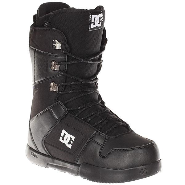 Ботинки для сноуборда DC Phase BlackДостаточно мягкие ботинки с подошвой UniLite из полимера EVA для лучшей амортизации. Практичные ботинки, которые идеально подойдут начинающим и прогрессирующим райдерам, так как не будут стеснять ногу излишней жесткостью.Технические характеристики: Традиционная шнуровка.Технологичная и легкая подошва Unilite™ Foundation из полимера EVA.Внутренник Red.Стелька Snow Basic.<br><br>Цвет: черный<br>Тип: Ботинки для сноуборда<br>Возраст: Взрослый<br>Пол: Мужской