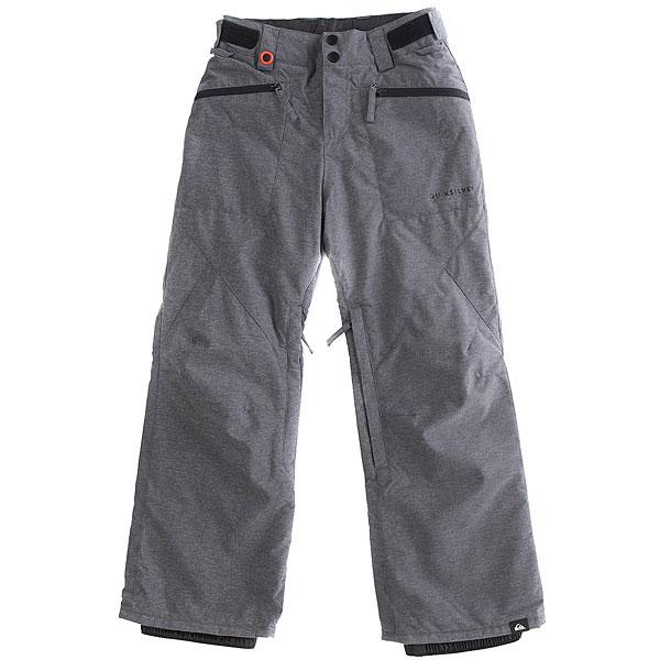 Штаны сноубордические детские Quiksilver Boundry BlackУдобные современные штаны для катания должны обладать хорошей мембранной тканью, продуманным кроем, необходимыми карманами и вентиляцией с сетчатыми вставками. И эти Quiksilver Boundry именно такие. А еще у них есть высокая юбка для защиты от снега, пояс с регулировкой размера, тройная система застегивания и проклеенные швы. Да, это детская модель, но все ее характеристики - вполне взрослые.Характеристики:Стандартный крой. Мембрана: водостойкая 10K Quiksilver DryFlight®.Материал: синтетический оксфорд. Проклеенные в стратегических местах швы. Подкладка: тафта + мягкая вставка из трикотажа с начесом с изнанки пояса. Вентиляция с сетчатыми вставками. Юбка для защиты от снега.Система пристегивания штанов к куртке. Пояс на утяжке для регулировки размера. Тройная система застегивания. Два кармана для рук с доступом на молнии.Держатель для ски-паса. Снегозащитные гетры.<br><br>Цвет: серый<br>Тип: Штаны сноубордические<br>Возраст: Детский