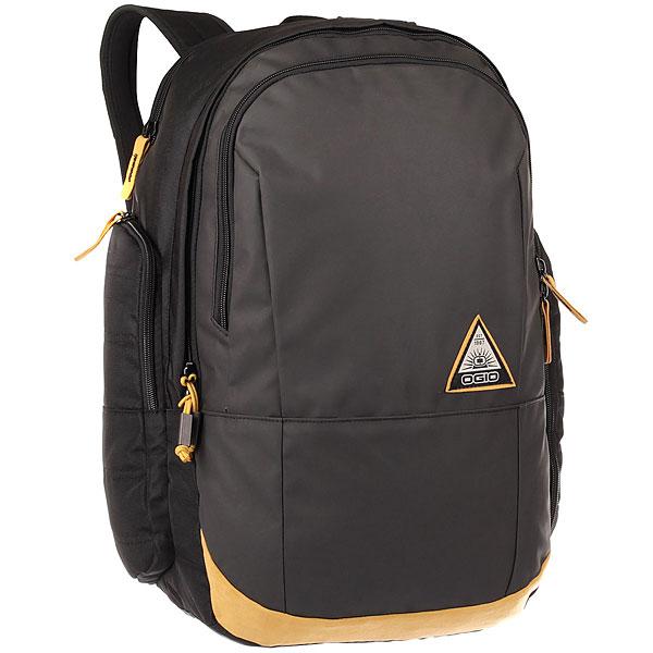 Рюкзак городской Ogio Clark Pack Black/MatteСтильный и в то же время функциональный рюкзак от Ogio. Имеются специализированные отсеки для ноутбука и планшета, которые позволят Вам не переживать за сохранность техники. Большое основное отделение вместит все необходимые вещи, а внешние боковые карманы на молнии помогут всегда держать необходимые аксессуары поблизости.Характеристики:Изолированный отсек для 15-дюймового ноутбука с флисовой подкладкой. Вместительный основной отдел с мягким карманом для планшета. Передний отдел с панелью-органайзером и карманом для ценных вещей на молнии. Два вместительных внешних боковых кармана. Практичная стеганая задняя панель. Легкие эргономичные плечевые лямки с ремешком на груди.Фирменный логотип Ogio.<br><br>Цвет: черный,бежевый<br>Тип: Рюкзак городской<br>Возраст: Взрослый