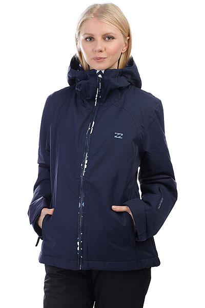 Куртка утепленная женская Billabong Terra NavyТеплая и удобная сноубордическая куртка с мембраной 10000 на 10000 и утеплителем плотностью 80 и 60 г, обладает полным комплектом фирменных атрибутов зимней куртки, такими как: снегозащитная юбка, большое количество карманов, манжеты из лайкры, которые дополнительно защищают от попадания снега и многие другие фирменные и обязательные фишки. Таким образом, куртка BILLABONG TERRA показывает отличное сочетание неброского стиля и отличного функционала.Характеристики:Крой:Tailored Fit. Материал:2L Twill. Мембранная дышащая ткань с показателем 10000 мм / 10000 г/м2.Утеплитель:Polyfill(80 г туловище, 60 г рукава). Подкладка из тафты.Проклеенные швы. Регулируемыйкапюшон. Внутренний карман.Внутренний сетчатый карман для маски. Утягивающийся подол.Фиксированная снегозащитная юбка. Два кармана для рук на молнии.Вентиляционные сетчатые карманы на молнии в подмышках. Регулируемые манжеты на липучках. Карман на молнии для ски-пасса на рукаве. Нашивка с фирменным логотипом.<br><br>Цвет: синий<br>Тип: Куртка утепленная<br>Возраст: Взрослый<br>Пол: Женский
