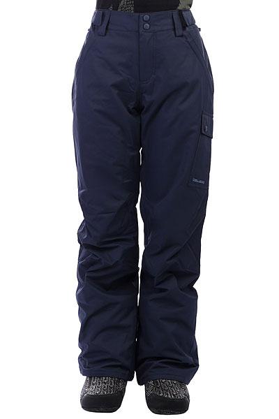 Штаны сноубордические женские Billabong Yana NavyСноубордические штаны BILLABONG YANA, обеспечат теплом и защитят от талого снега и ветра. Благодаря трикотажным вставками в подкладке и утеплителю Polyfill Вы сможете смело сконцентрироваться на катании, не отвлекаясь на непогоду. Удобные карманы для рук на молнии и боковые накладные карманы с клапанами позволят захватить с собой необходимые мелочи, а удобный крой не стеснит движений, создавая стильный катальный силуэт. Характеристики:Мембранная дышащая влагостойкая ткань с показателями 10000мм / 10000г/м2. Утеплитель:Polyfill 40г. Подкладка: тафта со вставками из микрофлиса. Регулировка талии на липучке. Два кармана на молнии.Задний карман на молнии. Боковой карман на кнопках. Усиленная кромка штанин. Снегозащитные гетры. Вентиляционные карманы на молнии с внутренней стороны бедер. Расширяющийсяниз штанин. Фирменный логотип.<br><br>Цвет: синий<br>Тип: Штаны сноубордические<br>Возраст: Взрослый<br>Пол: Женский