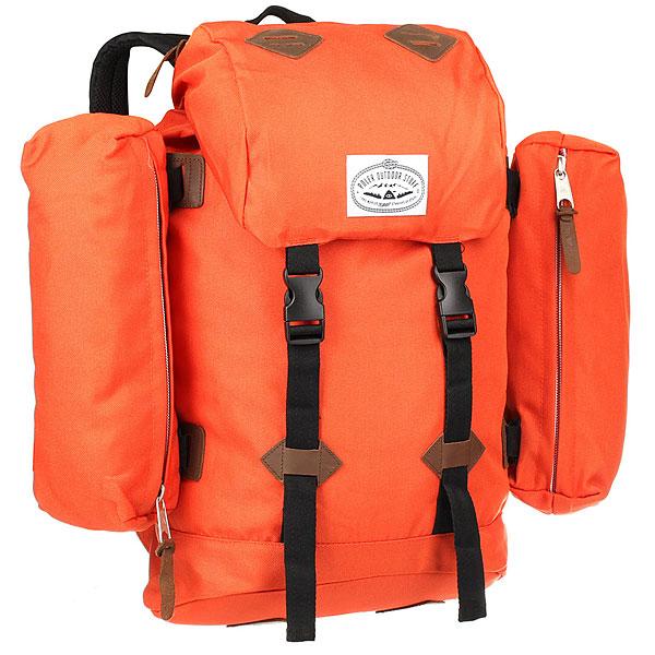 Рюкзак туристический Poler Classic Rucksack Burnt OrangeФункциональный туристический рюкзак в стиле Old School. Рюкзак создан из очень прочной ткани Campdura, имеет два съемных внешних отделения, а также карман для ноутбука.Технические характеристики: Очень прочный материал Campdura.Съемные боковые отделения на молнии.Карман для ноутбука 15.Основное отделение на шнурке-утяжке.Карман на клапане.Плотные ремни с подкладкой из сетки.Стеганая спинка.<br><br>Цвет: оранжевый<br>Тип: Рюкзак туристический<br>Возраст: Взрослый<br>Пол: Мужской