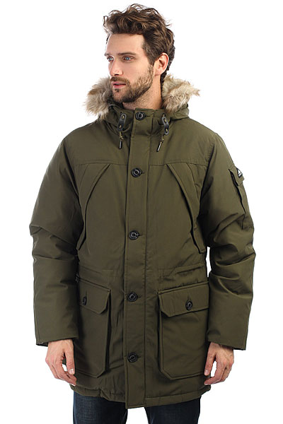 Куртка зимняя Penfield Hoosac OliveТеплая куртка с пуховым утеплителем дополненная шикарной меховой отделкой на капюшоне. Универсальная куртка для города и активного отдыха.Технические характеристики: Водоустойчивый и ветрозащитный материал 80/20 из хлопка и полиэстера.Пуховый утеплитель 550 fill power premium 80/20.Съемная отделка капюшона из искусственного меха.Полностью регулируемый капюшон.Нагрудные карманы, карман на рукаве, карманы для рук, потайной карман.Регулировка талии.Съемная снежная юбка.Застежка на молнию с ветрозащитным клапаном.<br><br>Цвет: зеленый<br>Тип: Куртка зимняя<br>Возраст: Взрослый<br>Пол: Мужской