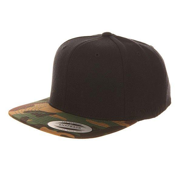 Бейсболка с прямым козырьком Flexfit 6089m Black/Green Camo<br><br>Цвет: черный,зеленый,коричневый<br>Тип: Бейсболка с прямым козырьком<br>Возраст: Взрослый