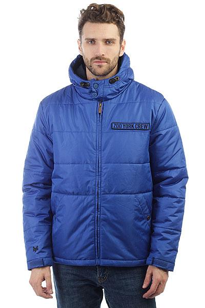 Куртка Zoo York Kew Deep BlueТеплая зимняя куртка для холодной поры года.Характеристики:Прямой крой. Регулируемый капюшон.Регулируемые манжеты на липучках Velcro. Застежка - молния. Боковые карманы на молниях. Регулировка ширины подола. Высокий воротник-«стойка».Внутренний потайной карман.<br><br>Цвет: синий<br>Тип: Куртка<br>Возраст: Взрослый<br>Пол: Мужской