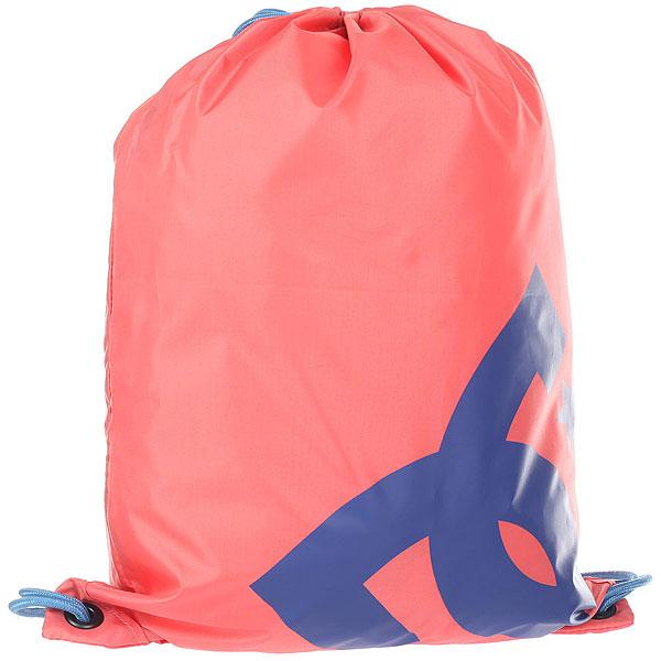 Мешок DC Shoes Cinched Porcelain RoseКомпактный городской рюкзак с объемным внутренним отделением. Не занимает много места и может использоваться в качестве запасногопространства в дополнение к основному рюкзаку. Характеристики:Объемное основное отделение. Маленький внутренний карман на молнии. Затяжка на шнурках. Логотип DC.<br><br>Цвет: розовый,синий<br>Тип: Мешок<br>Возраст: Взрослый<br>Пол: Мужской