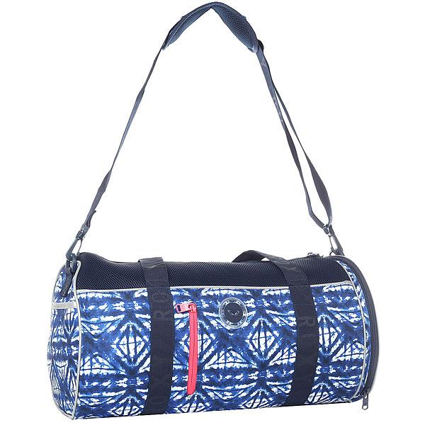 Сумка спортивная женский Roxy El Ribon Dress Blues GeometriЖенская заплечная сумка El Ribon. Характеристики:Отделение для обуви сбоку. Плетеный стреп спереди для крепления коврика для йоги. Идеальный выбор для занятий спортом. Сочетание сеточного материала и полиэстера. Съемная регулируемая заплечная лямка. Каучуковая нашивка Roxy.<br><br>Цвет: синий,белый<br>Тип: Сумка спортивная<br>Возраст: Взрослый<br>Пол: Женский