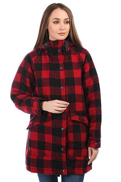 Куртка зимняя женская Penfield Kingman Buffalo Plaid RedЖенская куртка американского бренда Penfield, созданного в 1975 году на просторах штата Массачусетс. Куртка основана на классической fishtail-парке и выполнена из плотной ткани с теплой подкладкой внутри. Традиционный силуэт с удлиненным хвостом, застёжка на двойной молнии с ветрозащитным клапаном и рукав-реглан. Регулируемые манжеты на рукавах и два вместительных кармана для рук спереди. Куртка представлена в оригинальной, клетчатой расцветке. Весьма эффектное и практичное дополнение к гардеробу, которое дополнит образ и спасет от холодов.Характеристики:Плотная ткань на основе хлопка.Теплая подкладка с пуховым наполнителем. Традиционный силуэт.Удлиненный хвост. Рукав-реглан. Застёжка на двойной молнии.Ветрозащитный клапан. Капюшон с высоким воротом. Регулируемые шнуры. Два кармана для рук. Два кармана внутри. Нашивка с логотипом бренда.<br><br>Цвет: красный<br>Тип: Куртка зимняя<br>Возраст: Взрослый<br>Пол: Женский