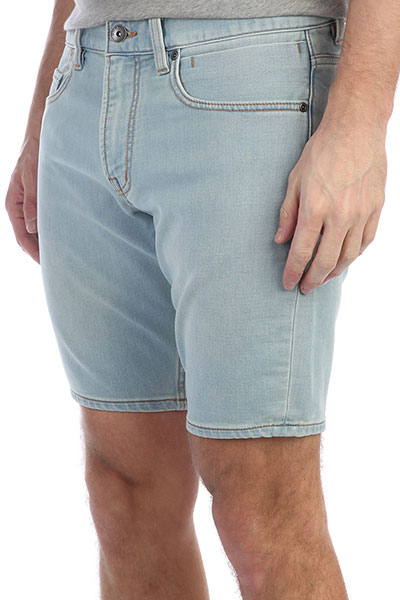 Шорты джинсовые Quiksilver Revolstbleachs Bleached Surf<br><br>Цвет: голубой<br>Тип: Шорты джинсовые<br>Возраст: Взрослый<br>Пол: Мужской