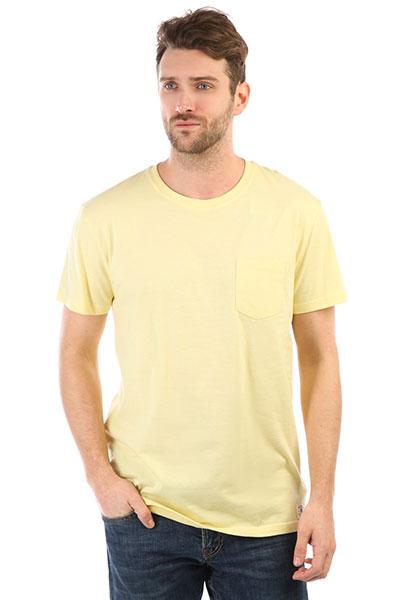 Футболка DC Basic Pocket 2 Lemon Meringue<br><br>Цвет: желтый<br>Тип: Футболка<br>Возраст: Взрослый<br>Пол: Мужской