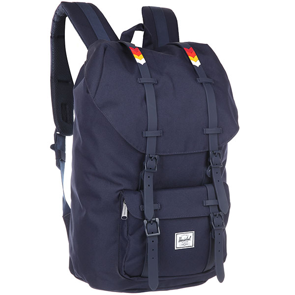 Рюкзак Herschel Little America Peacoat/Rainbow Chevron Rubber<br><br>Цвет: синий<br>Тип: Рюкзак<br>Возраст: Взрослый<br>Пол: Мужской