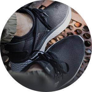 190 моделей кроссовок