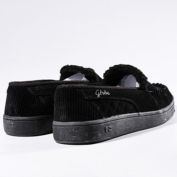 globe-girls-castro-black-hearts-slipper-non-surgical-facial-wrinkle-reduction