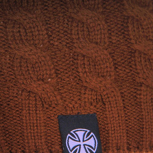 Шапка вязаная женская Independent Organic Cable Knit Brown