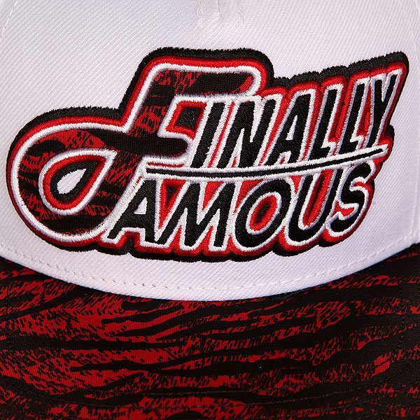 Бейсболка с прямым козырьком Flat Fitty Finally Famous White