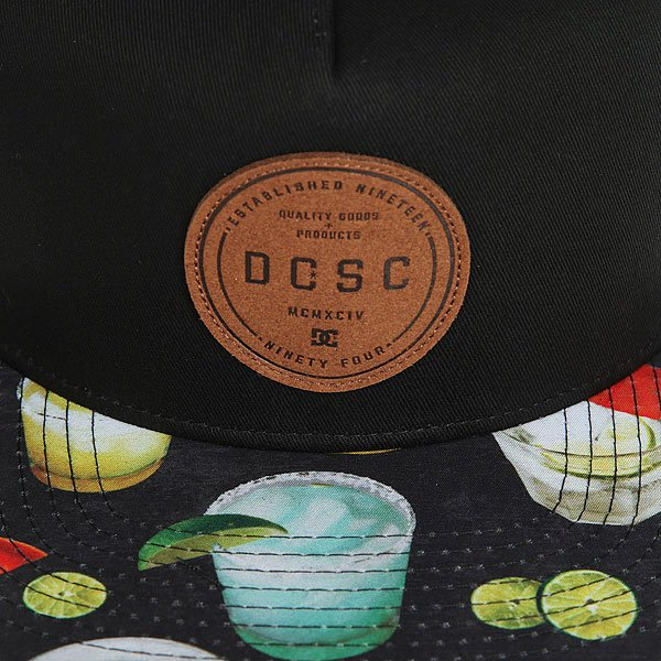 Бейсболка с прямым козырьком DC Geosense Black Cocktail Print