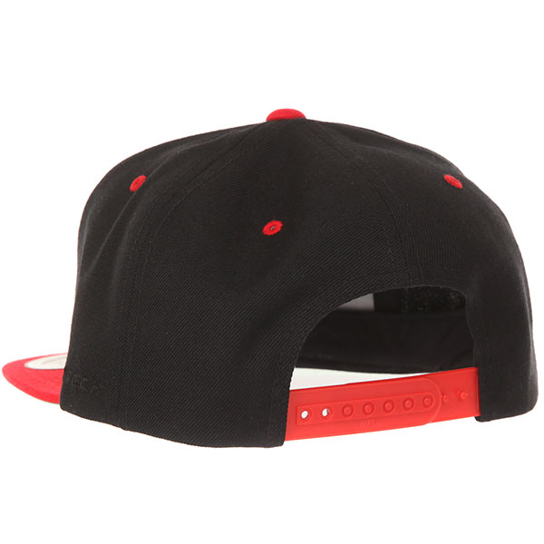 Бейсболка с прямым козырьком Yupoong 6089mt Black/Red