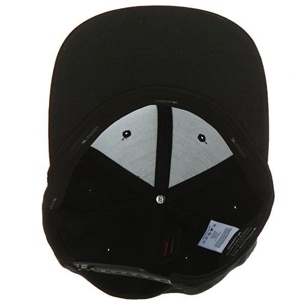 Бейсболка с прямым козырьком Yupoong 110f Black