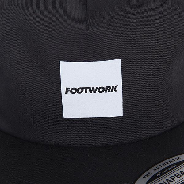 Бейсболка с прямым козырьком Footwork Quadro Charcoal
